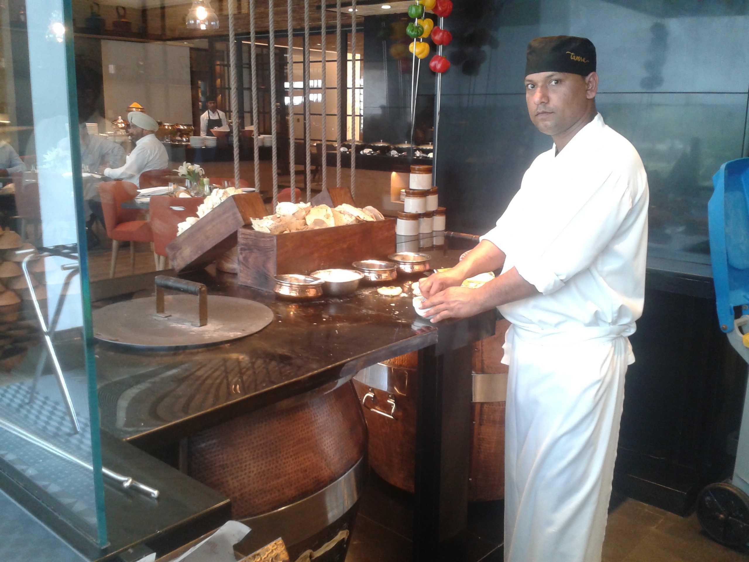 A chef at Tamra-fnbworld