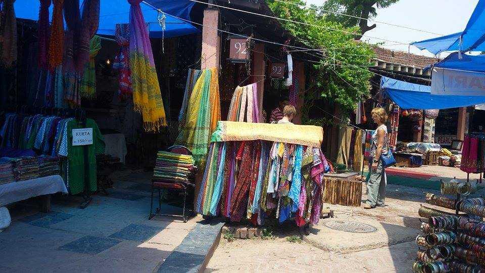 Traditional Handicrafts-Chaitali Aggarwal-fnbworld