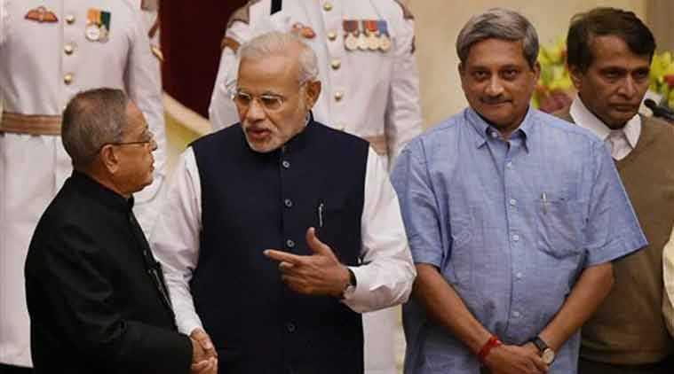 Modi and Parrikar-fnbworld
