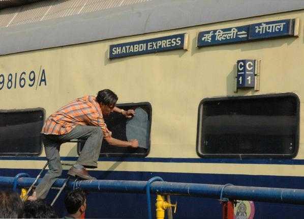 Shatabdi Express-fnbworld-rashmi oberoi