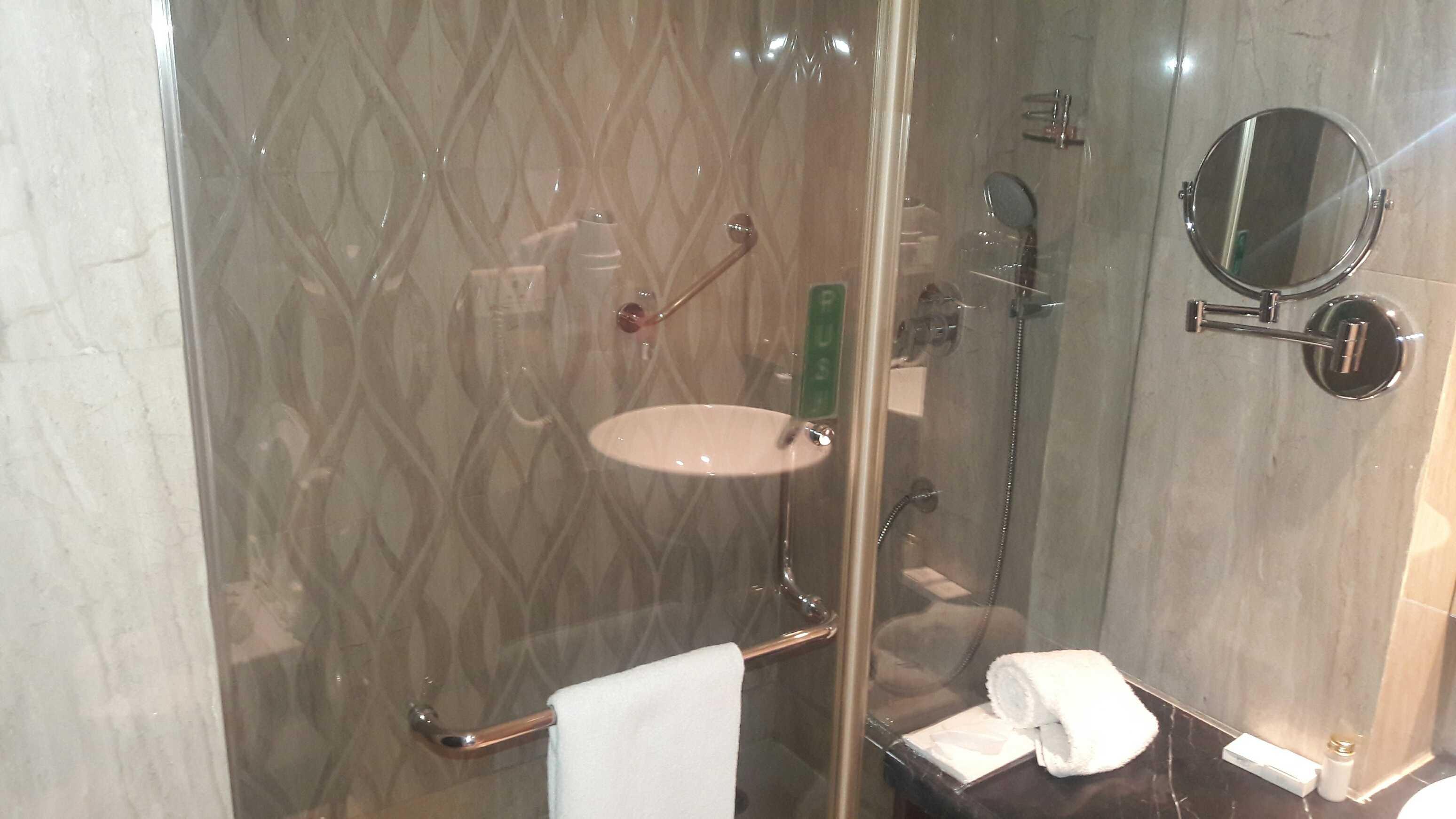 Luxurious washroom-fnbworld