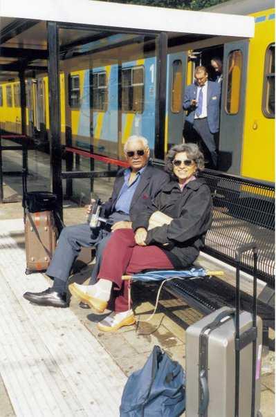 Daulat and Vijay Oberoi-fnbworld
