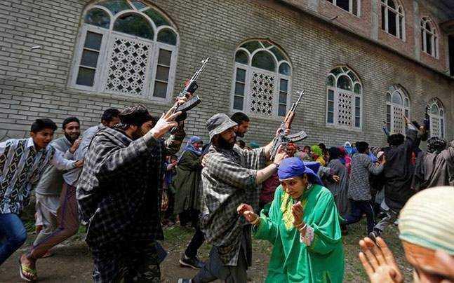 Separatists in Kashmir-seema mustafa-fnbworld
