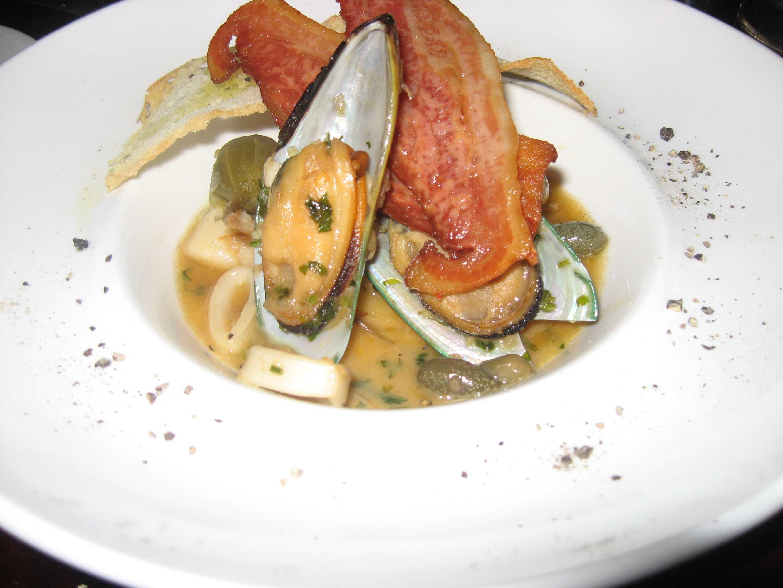 Greek Mussel Stew