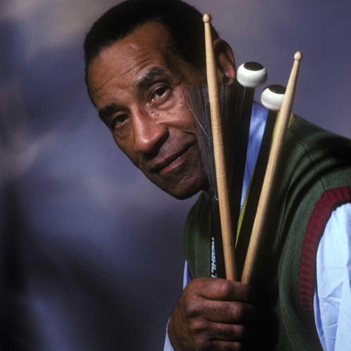 jazz giant drummer max roach-fnbworld