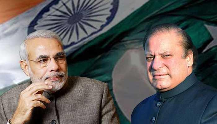 PM Modi with Pak Premier Nawaz Sharif - fnbworld
