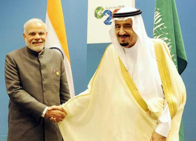 PM Modi with Crown Prince-fnbworld