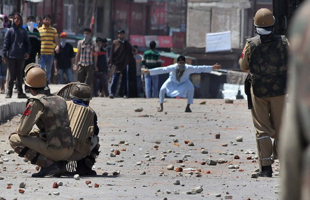 Stone pelters on Indian Army