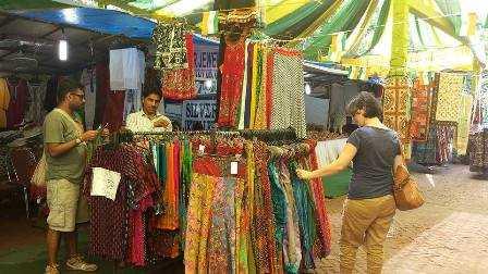 Traditionall Attire-Chaitali Aggarwal-fnbworld