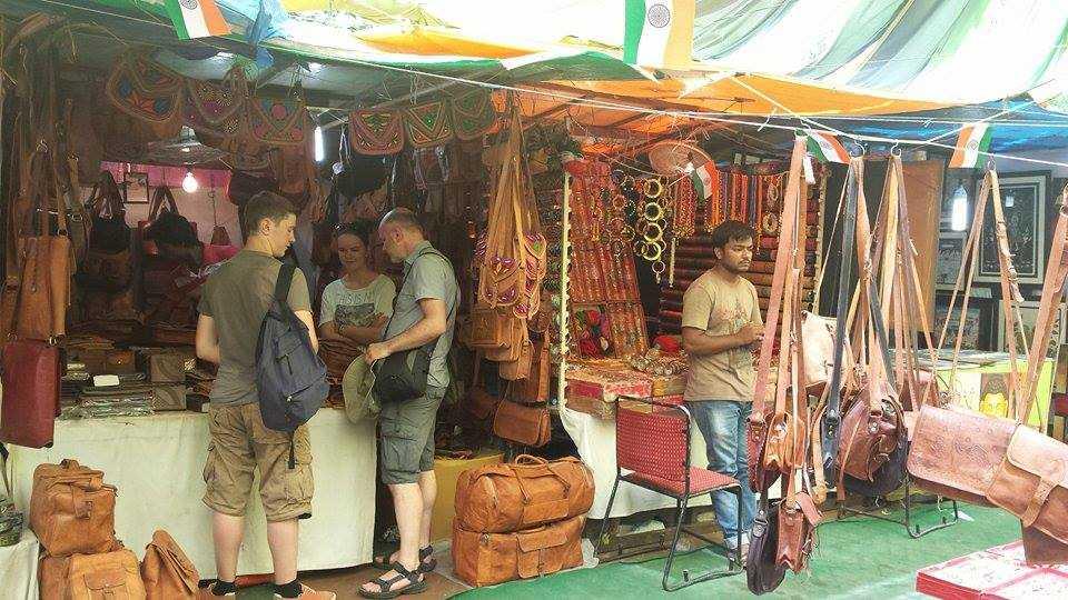 Traditional handmade bags-Chaitali Aggarwal-fnbworld