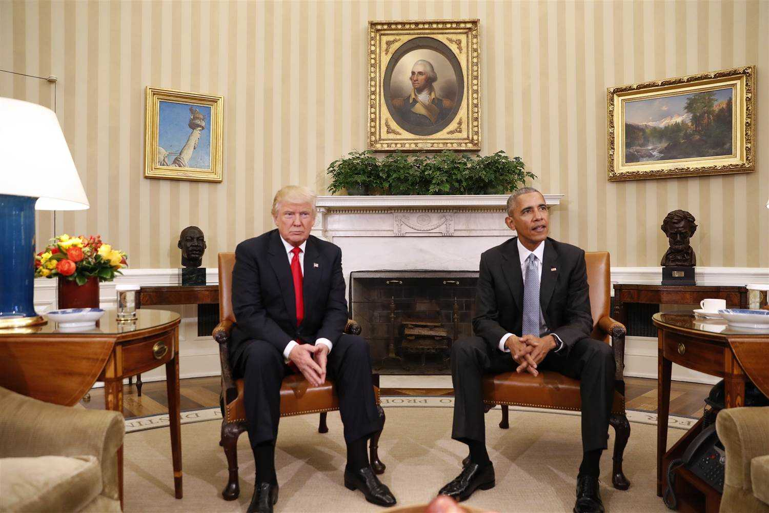 Donald Trump in White House with outgoing President Obama-fnbworld