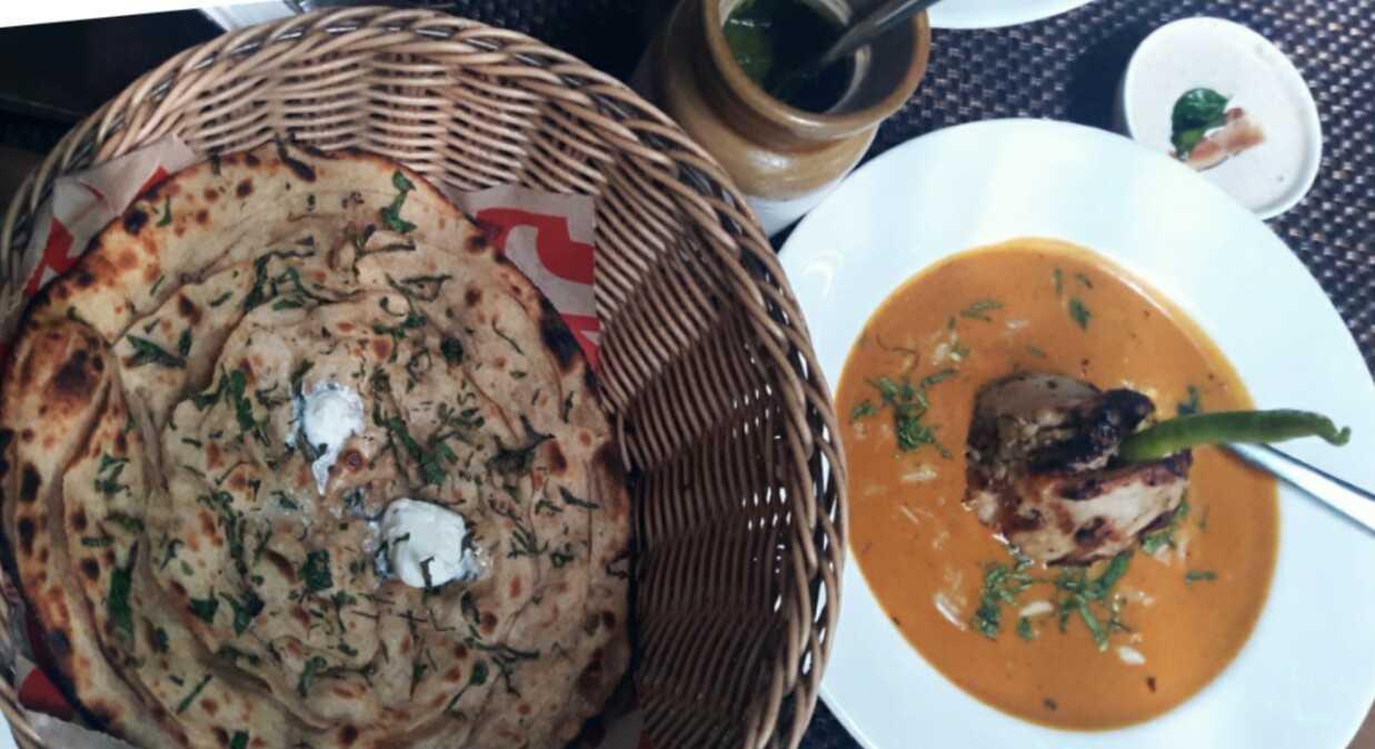 Chicken pasanda and pudina parantha-fnbworld