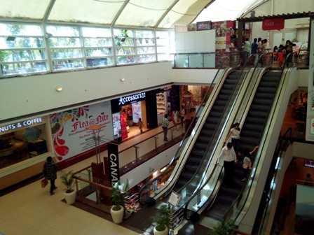 Interiors of a shopping mall in New Delhi-fnbworld